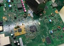 Microsoft Xbox 360E Slim 0030 красный огонь